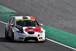 #61 Duel Racing Seat Leon Supercopa: Ramzi Moutran, Nabil Moutran, Sami Moutran