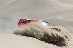 #303 Hummer: Robby Gordon en Johnny Campbell