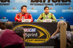 Press conference: Tony Stewart, Stewart-Haas Racing Chevrolet and Danica Patrick, Stewart-Haas Racing Chevrolet