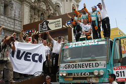 Podium: sixth place in truck category Miki Biasion, Giorgio Albiero, Michel Huisman