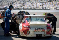 Pitstop #22 Bullet Racing Porsche GT3: Randy Blaylock, Darryl O'Young, Kevin Roush, Brett Van Blanke