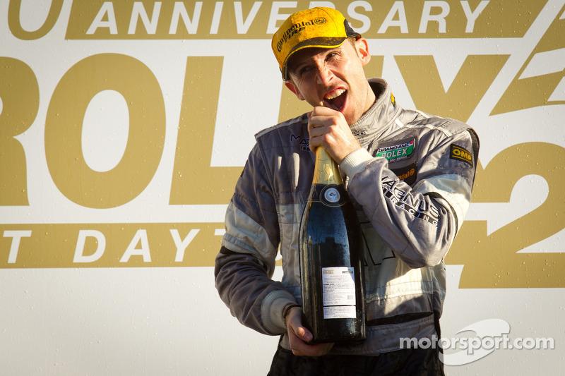 Рене Раст празднует победу на «24 часах Дайтоны» 2012 года