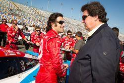 Dario Franchitti en NASCAR President Mike Helton