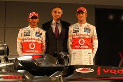 Lewis Hamilton, McLaren-Mercedes; Teamchef Martin Whitmarsh; Jenson Button, McLaren-Mercedes