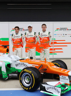 Пол ди Реста, Нико Хюлькенберг и Жюль Бьянки. Презентация Sahara Force India VJM05, Презентация.