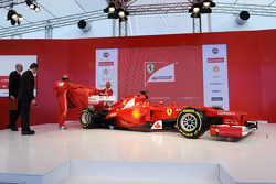Fernando Alonso en Felipe Massa voorstelling Ferrari F2012