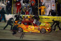Arrêt au stand pour la numéro 40 Dempsey Racing Mazda RX-8: Patrick Dempsey, Charles Espenlaub, Joe Foster, Tom Long