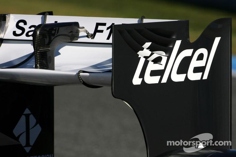 Technical detail, rear wing - Sauber C31 Ferrari Launch