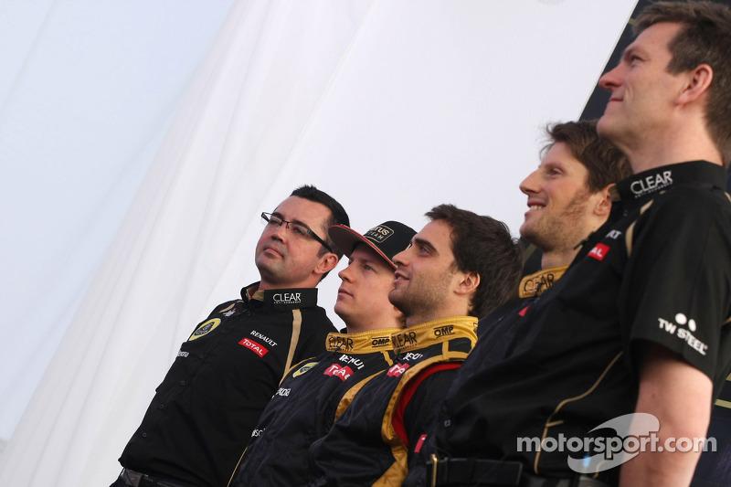 Eric Boullier, Team Principal, Lotus Renault F1 Team, Kimi Raikkonen, Lotus Renault F1 Team, Romain Grosjean, Lotus Renault F1 Team, Jérôme d'Ambrosio