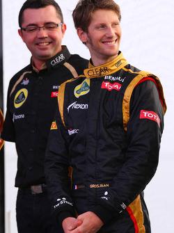 Eric Boullier, Team Principal, Lotus Renault F1 Team and Romain Grosjean, Lotus Renault F1 Team
