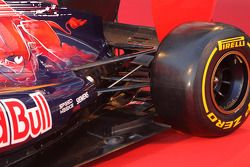 Toro Rosso STR7: Aufhängung