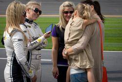 Vrouw van Jeff Gordon, Hendrick Motorsports Chevrolet, Ingrid Vandebosch met dochter Ella Sofia