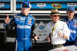 Pole winner Carl Edwards, Roush Fenway Racing Ford with Jack Roush