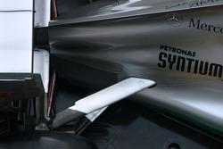 Mercedes F1 W03: Aufhängung
