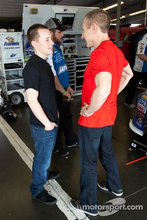 Mark Martin, Michael Waltrip Racing Toyota met zoon Matt Martin