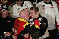Victory lane: race winner John King, Red Horse Racing Toyota celebrates with Todd Bodine, Red Horse Racing Toyota