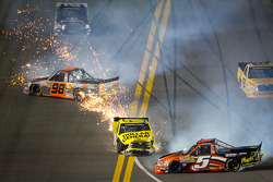 Paulie Harraka, Wauters Motorsport Ford and Jason Leffler, Kyle Busch Motorsports Toyota crash while