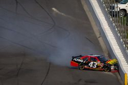 Michael Annett, Richard Petty Motorsports Ford crashes