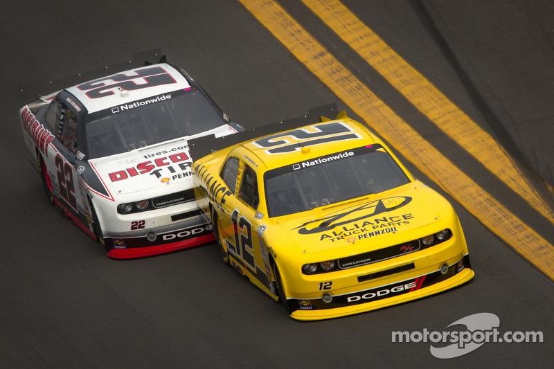 Sam Hornish Jr., Penske Racing Dodge en Brad Keselowski, Penske Racing Dodge