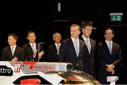 Allan McNish, Tom Kristensen, Rinaldo Capello, Marcel Fassler, Andre Lotterer and Benoit Tréluyer