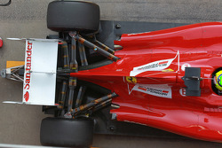 Felipe Massa, Scuderia Ferrari achtervleugel motorkap