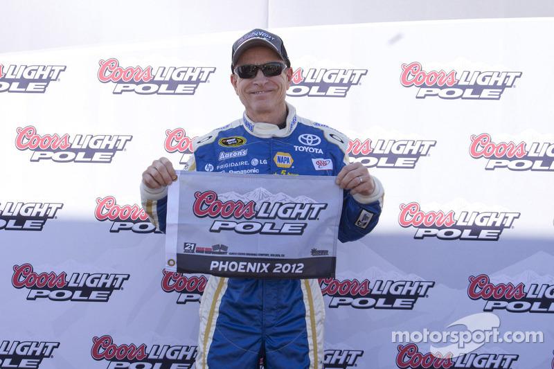 Polesitter Mark Martin, Michael Waltrip Racing Toyota