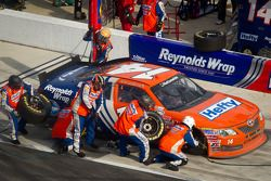Pit stop for Eric McClure, TriStar Motorsport Toyota