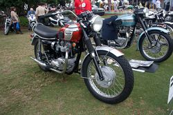 1969 Triumph T120R