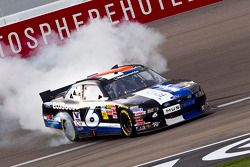 Race winnaar Ricky Stenhouse, Jr.