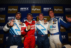 Gabriele Tarquini, Chevrolet Cruze 1.6T, Chevrolet 2nd position and Yvan Muller, Chevrolet Cruze 1.6T, Chevrolet 3rd position and Pepe Oriola, SEAT Leon WTCC, Tuenti Racing Team 1st position Yokohama Trophy