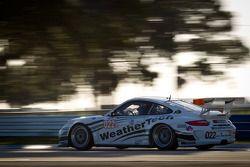 #022 Alex Job Racing Porsche 911 GT3 Cup: Cooper MacNeil, Leh Keen, Louis-Philippe Dumoulin