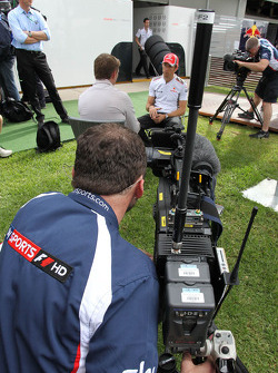 Jenson Button, McLaren Mercedes, Sky TV
