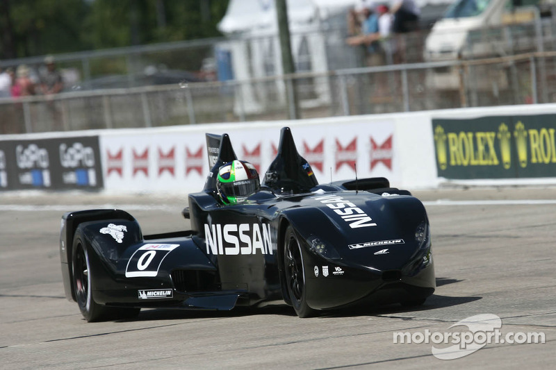 Marino Franchitti mengemudikan DeltaWing