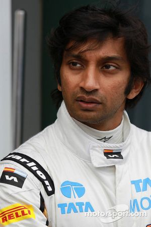 Narain Karthikeyan, HRT Formula 1 Team