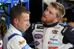 A.J. Allmendinger, JTG Daugherty Racing Chevrolet en Chris Buescher, JTG Daugherty Racing Chevrolet
