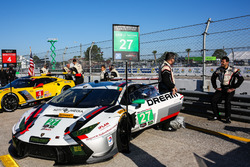 №27 Dream Racing Lamborghini Huracan GT3: Седрик Сбирраццули, Лоуренс ДеДжордж, Паоло Руберти
