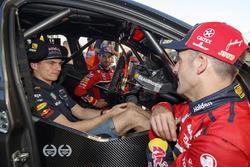 Макс Ферстаппен, Red Bull Racing, Джейми Уинкап, Triple Eight Race Engineering Holden, Шейн ван Гисберген, Triple Eight Race Engineering Holden