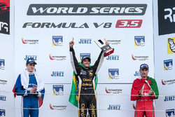Podium: second place Egor Orudzhev, AVF, race winner Pietro Fittipaldi, Lotus, third place Alfonso Celis Jr., Fortec Motorsports