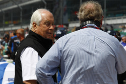 Roger Penske and Dale Coyne (R)
