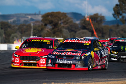 Jamie Whincup, Triple Eight Race Engineering Holden, Fabian Coulthard, Team Penske Ford