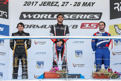 Podium: race winner Roy Nissany, RP Motorsport, second place Pietro Fittipaldi, Lotus, third place Matevos Isaakyan, SMP Racing