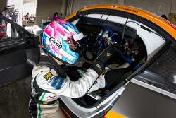 #4 GSR&Studie with Team Ukyo BMW Z4 GT3: Taku Banba, Masahiro Sasaki
