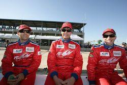 Майкл Уолтрип, Руи Агуаш и Роберт Кауфман. Себринг, суббота, перед гонкой.