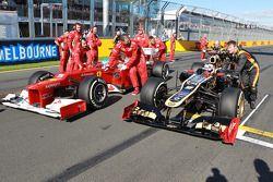 Fernando Alonso, Scuderia Ferrari ve Kimi Raikkonen, Lotus Renault F1 Team