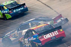 Problemen voor Kasey Kahne, Hendricks Motorsports Chevrolet en Carl Edwards, Roush-Fenway Ford
