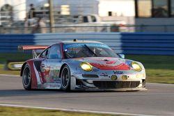 #044 Flying Lizard Motorsports Porsche 911 GT3 RSR: Darren Law, Seth Neiman, Andy Lally