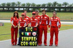 Fernando Alonso, Felipe Massa y homenaje de la Scuderia Ferrari a Marco Simoncelli