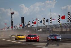 Start: #24 Ferrari of Beverly Hills 458TP: Carlos Kauffmann and #2 Ferrari of Ft Lauderdale 458TP: Alex Popow battle for the lead