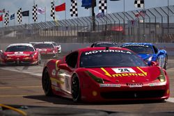 Start: #24 Ferrari of Beverly Hills 458TP: Carlos Kauffmann crash