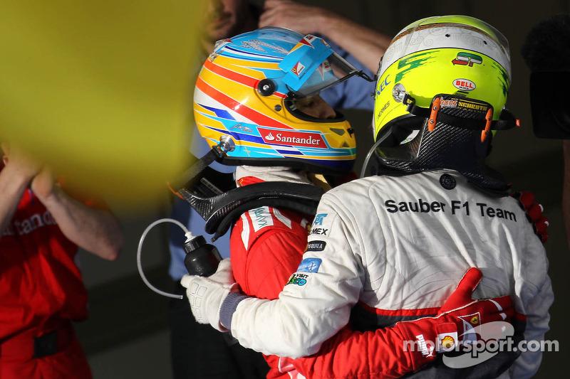 Fernando Alonso, Scuderia Ferrari, Sergio Pérez, Sauber F1 Team